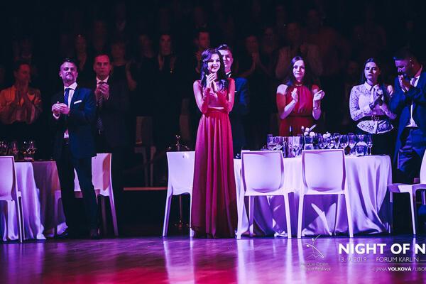 Taneční škola COOL DANCE Night of NINE Standing Ovation