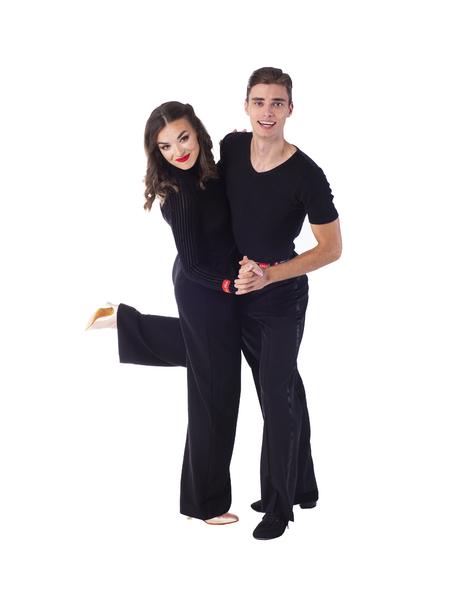 Jakub Vávra & Laura Loranczyk | Tanec pro vysokoškoláky |  Taneční škola COOL DANCE